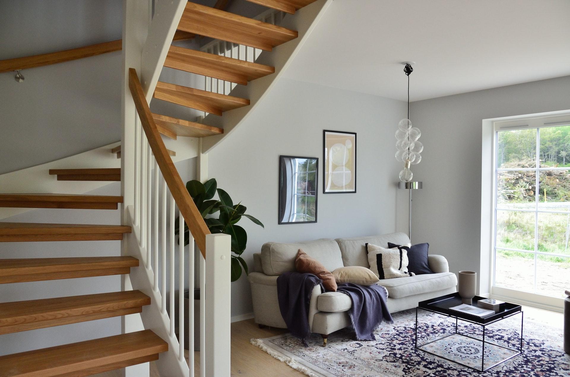 Uno de los métodos de robo en viviendas más usados es el escalo: acceder desde la azotea a las ventanas del piso superior.