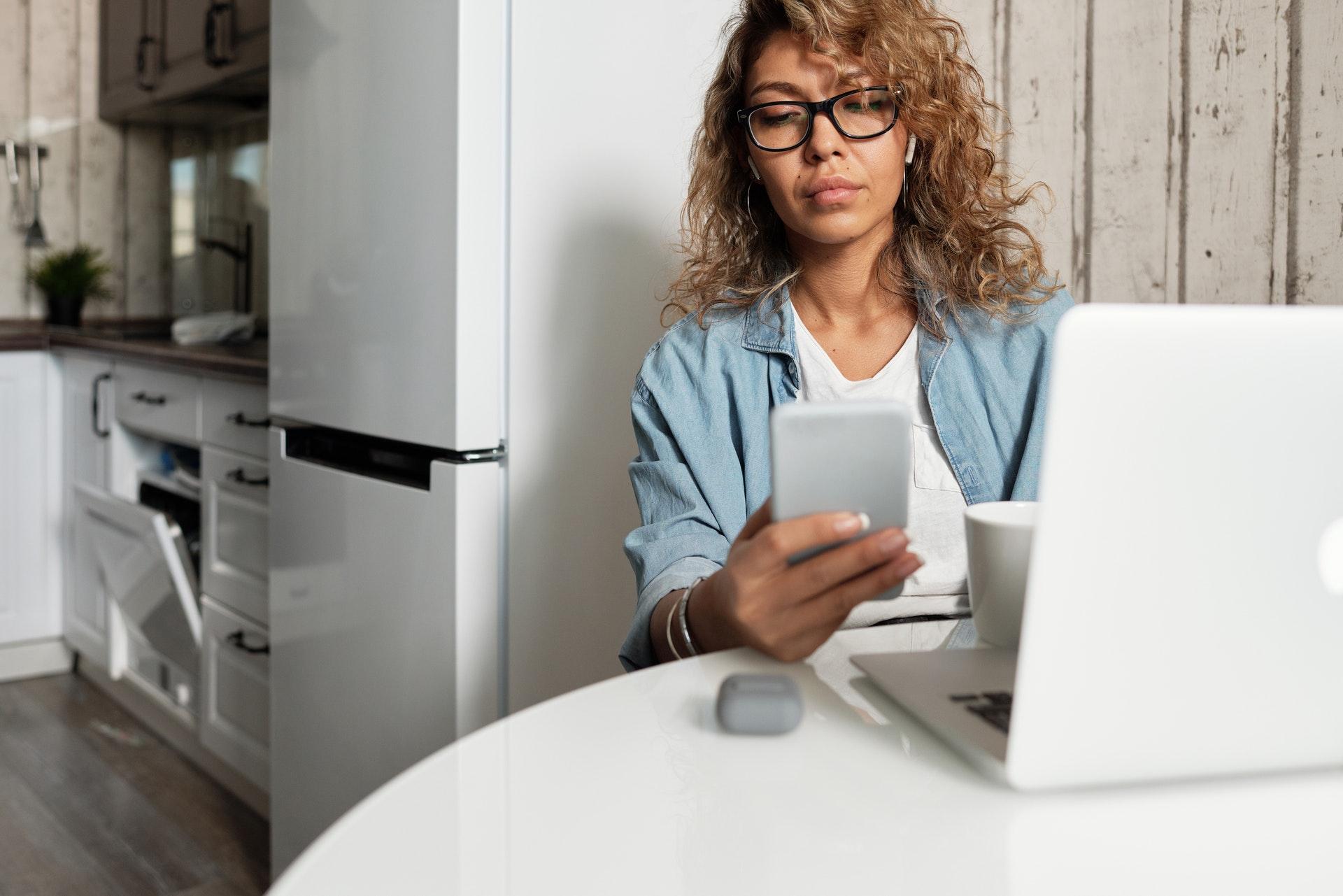 La domótica hace más fácil nuestra vida cotidiana gracias a los dispositivos inteligentes.