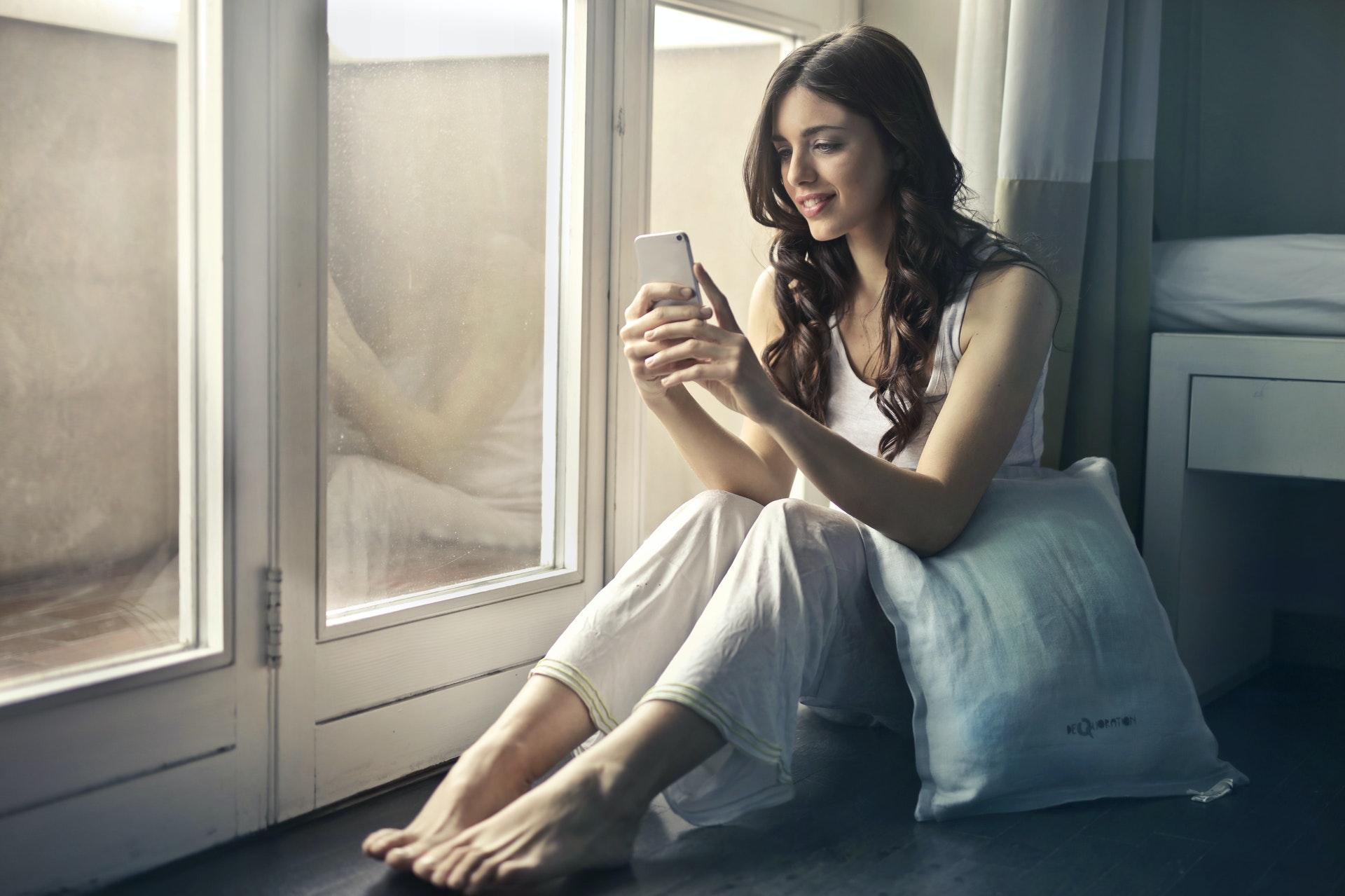 La nueva solución de vídeo para el hogar de ADT detecta tanto la presencia como la ausencia de personas y objetos.