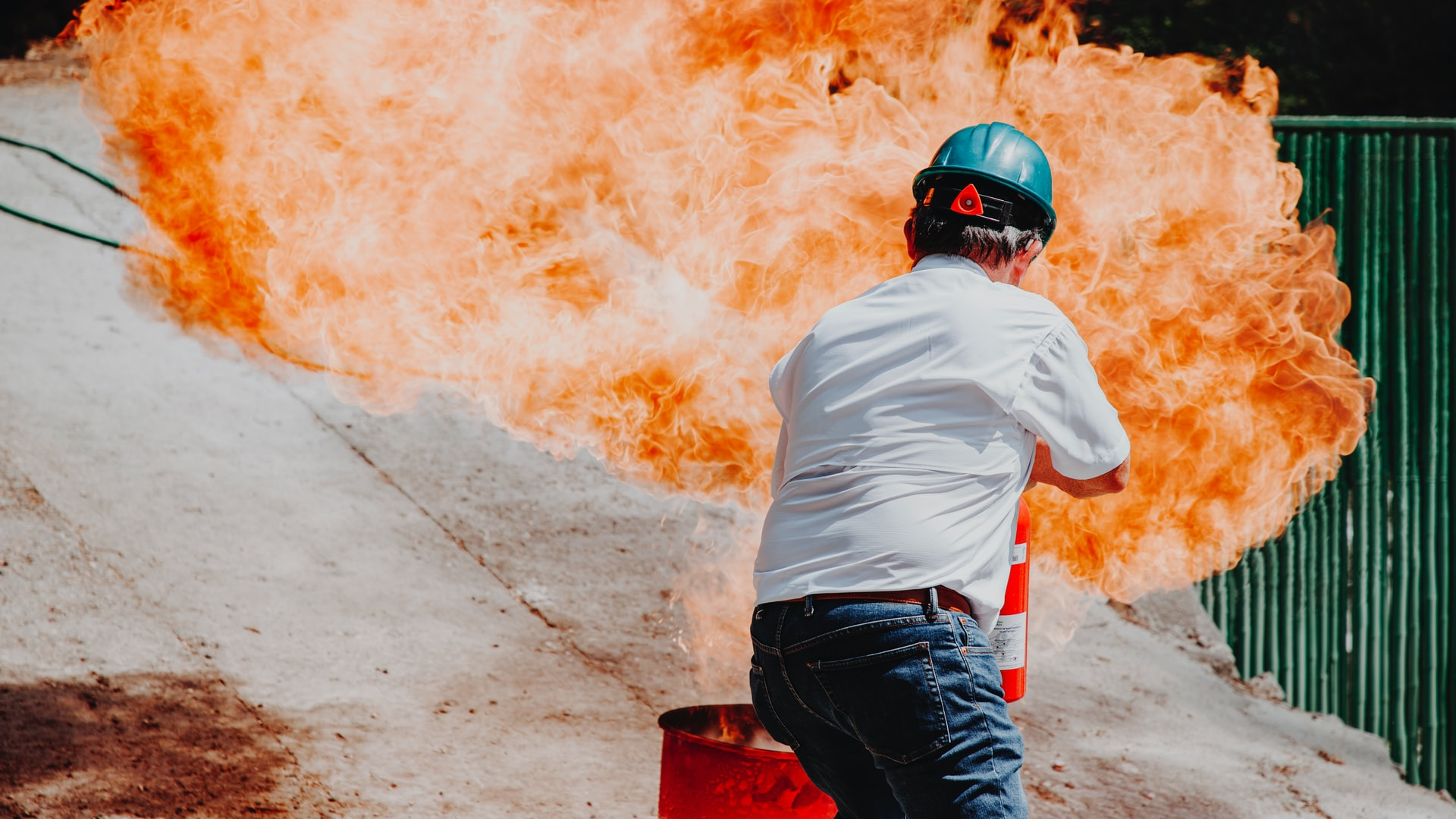 Saber cómo usar un extintor puede salvarte la vida.